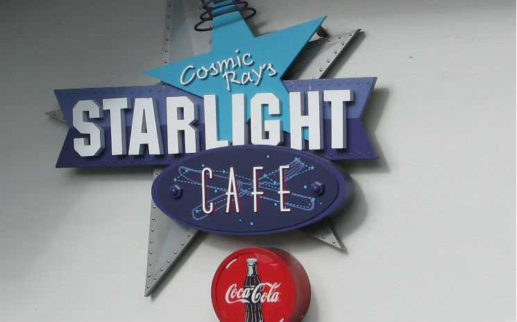 Comic Ray's Starlight Café: Indiçação de restaurante no Magic Kingdom!!