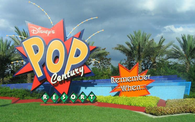 Um pouquinho do hotel da Disney, Pop Century.