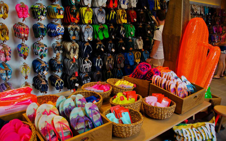 Novidades no Downtown Disney: Havaianas e Chapel Hats!!