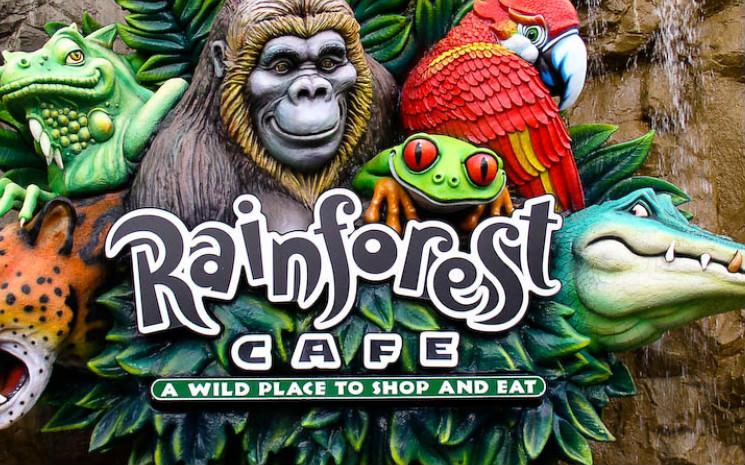 O Rainforest Cafe tem um cardápio com pratos do Brasil