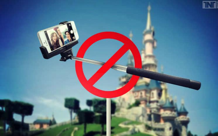 """A Disney proibiu o uso de """"pau de selfie"""" em seus parques"""