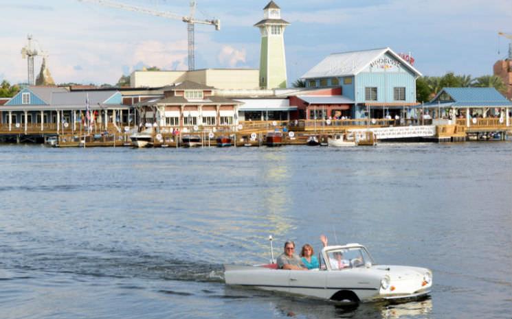 """Mais novidades no Downtown Disney – passeio de """"carro"""" na água"""