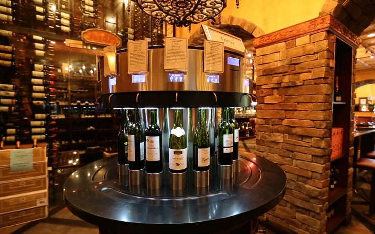 The Wine Room em Winter Park, um lugar imperdível para quem aprecia um bom vinho