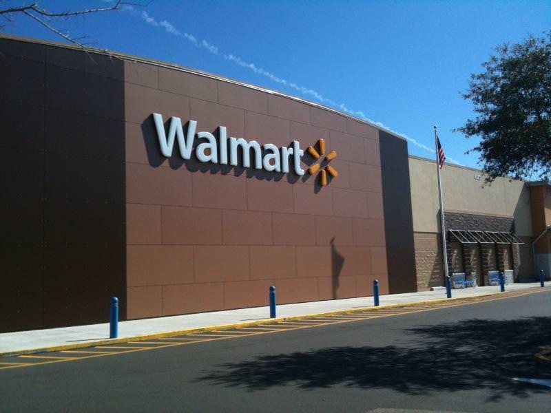 Qual é o melhor Walmart de Orlando?