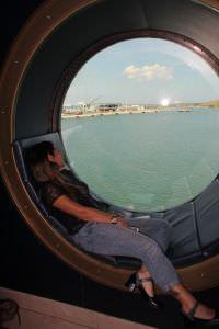 dentro Navio da Disney