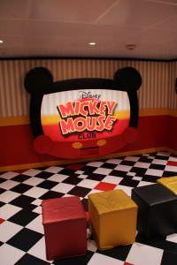 sala de tv Navio da Disney