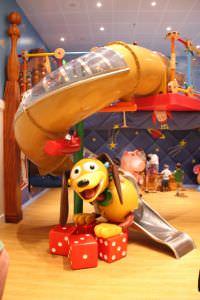 Navio da Disney playground