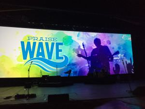 Sea World, praise wave