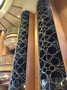 elevador do Navio da Disney