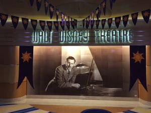 Lobby do teatro, Navio da Disney