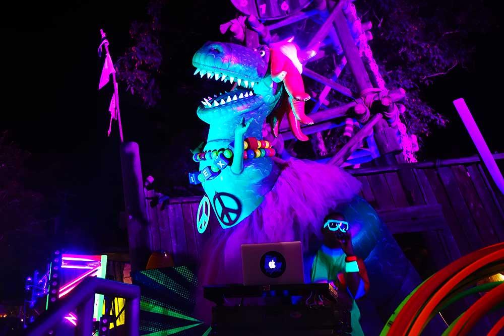 0618-h2o-glow-nights-rex