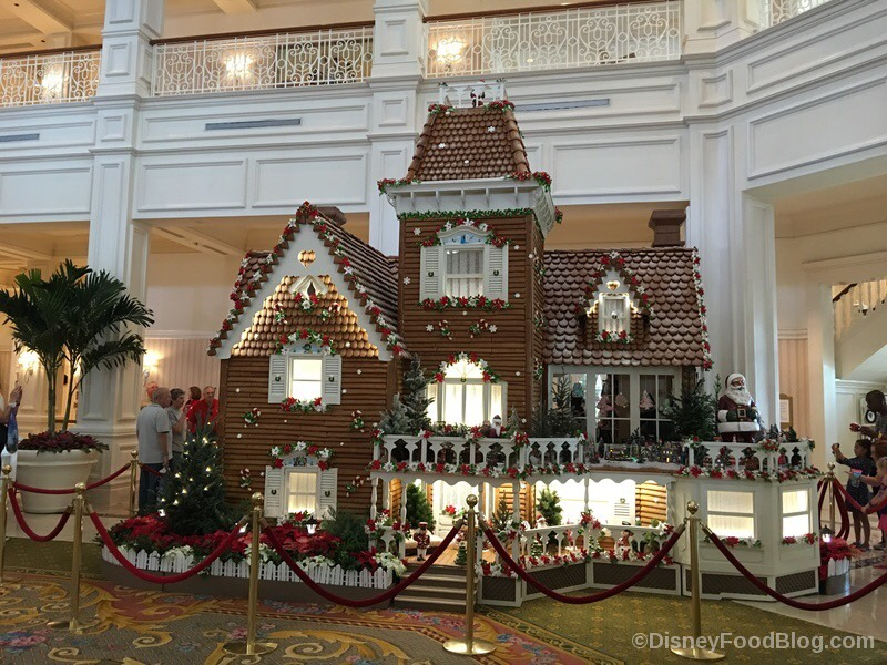 Grand-Floridian-Completed-2017-Gingerbread-House