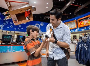 A maior loja de artigos espaciais está localizada pertinho de Orlando